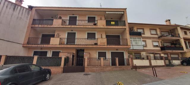 Piso en venta en Almorox, Toledo, Calle la Estacion, 76.500 €, 2 habitaciones, 2 baños, 109 m2