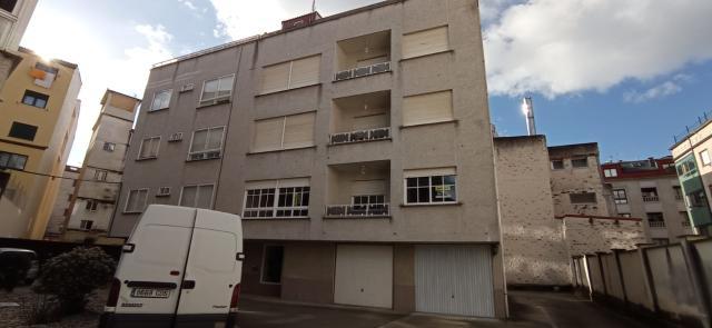 Piso en venta en Coiro, Cangas, Pontevedra, Travesía Rua Longan, 160.000 €, 4 habitaciones, 2 baños, 135 m2