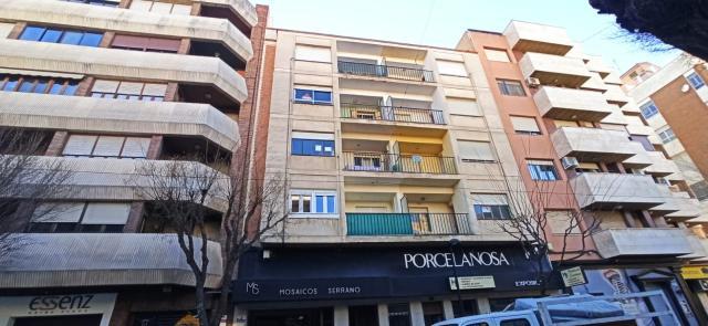 Piso en venta en Almansa, Albacete, Calle Corredera, 75.000 €, 4 habitaciones, 1 baño, 143 m2