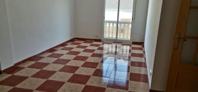 Piso en venta en Zújar, Granada, Calle Goroz, 88.000 €, 234 m2