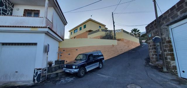 Piso en venta en Charco Manso, Valverde, Santa Cruz de Tenerife, Calle El Lomo 5 -valverde, 134.100 €, 111 m2