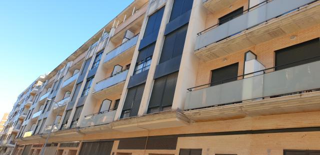 Piso en venta en Gandia, Valencia, Calle Lluis Vives, 92.000 €, 119 m2