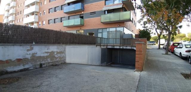 Piso en venta en Carretera de Santpedor, Manresa, Barcelona, Calle Amadeu Vives, 144.000 €, 3 habitaciones, 110 m2
