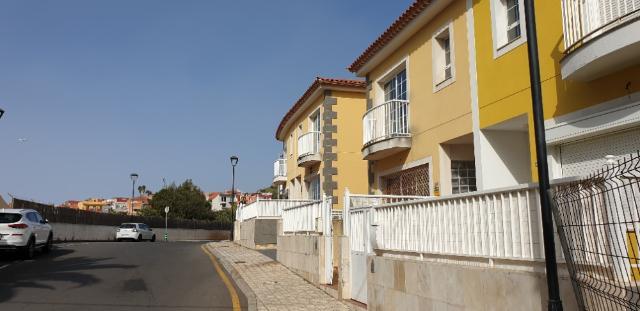 Casa en venta en Lomo Colorado, Tacoronte, Santa Cruz de Tenerife, Calle Calvario, 160.000 €, 3 habitaciones, 3 baños, 203 m2