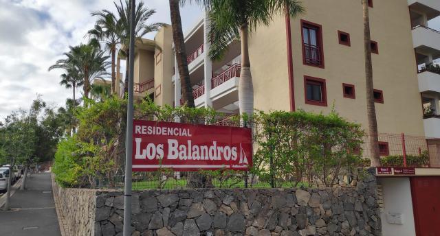 Piso en venta en Arona, Santa Cruz de Tenerife, Calle Ruiseñor, 210.000 €, 76 m2