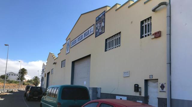 Industrial en alquiler en El Carrión, Ingenio, Las Palmas, Calle Mario Vega Artiles, 4.500 €, 1155 m2