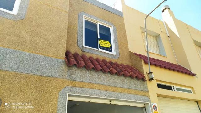 Casa en venta en El Ejido, Almería, Calle Vespasiano, 115.000 €, 3 habitaciones, 2 baños, 121 m2