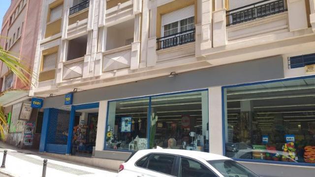 Piso en venta en Motril, Granada, Calle Nueva, 145.000 €, 114 m2