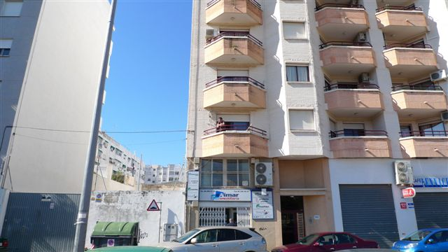 Local en venta en Gandia, Valencia, Plaza Bennacer, 42.000 €, 67 m2
