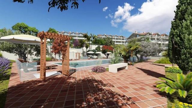 Piso en venta en Estepona, Málaga, Calle la Dorada, 231.000 €, 2 habitaciones, 2 baños, 145 m2
