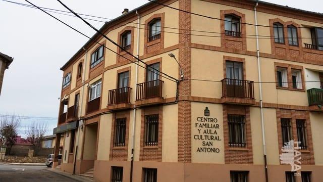 Piso en venta en Boceguillas, Segovia, Calle Bayona, 50.000 €, 3 habitaciones, 2 baños, 135 m2