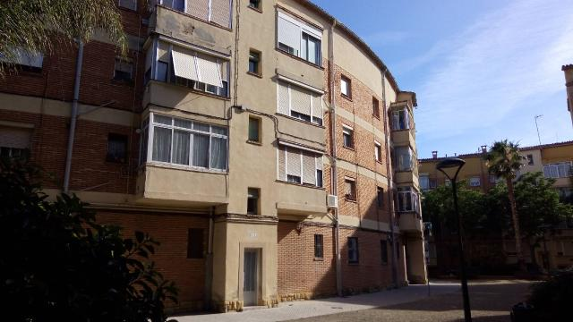 Piso en venta en Mercader, Reus, Tarragona, Calle Glorieta Ramir Ortega, 64.700 €, 3 habitaciones, 1 baño, 79 m2