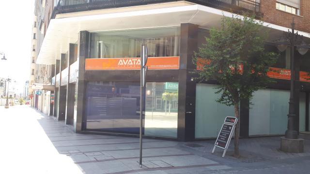 Local en venta en León, León, Calle Ordoño Ii, 1.200.000 €, 345 m2