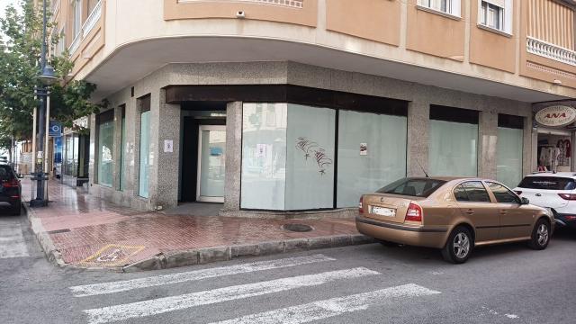 Local en venta en La Mata, Torrevieja, Alicante, Calle la Sal, 212.500 €, 141 m2