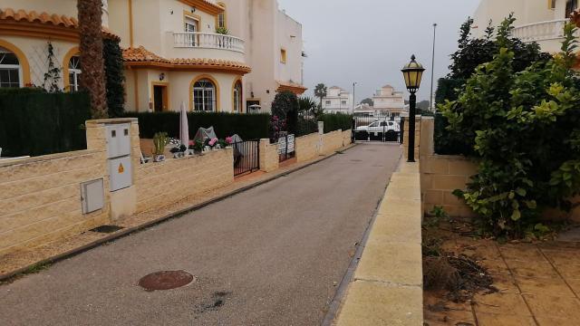 Casa en venta en Urbanizacion la Escura, San Fulgencio, Alicante, Calle Velazquez, 115.000 €, 76 m2