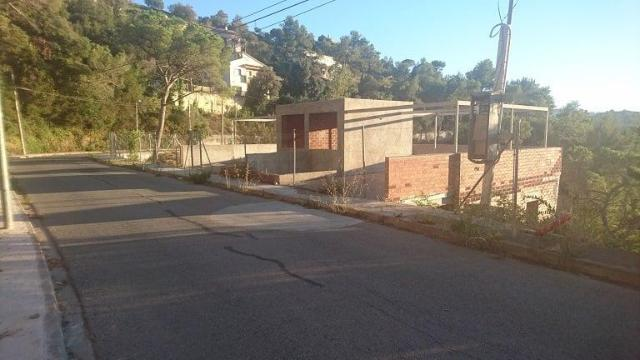 Piso en venta en Torrelles de Llobregat, Barcelona, Calle Cirerers, 122.700 €, 282 m2