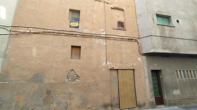 Piso en venta en Valls, Tarragona, Calle Sant Francesc, 62.500 €, 125 m2