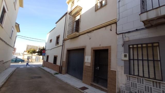 Casa en venta en Linares, Jaén, Calle Jacinto Benavente, 105.000 €, 3 habitaciones, 2 baños, 197 m2