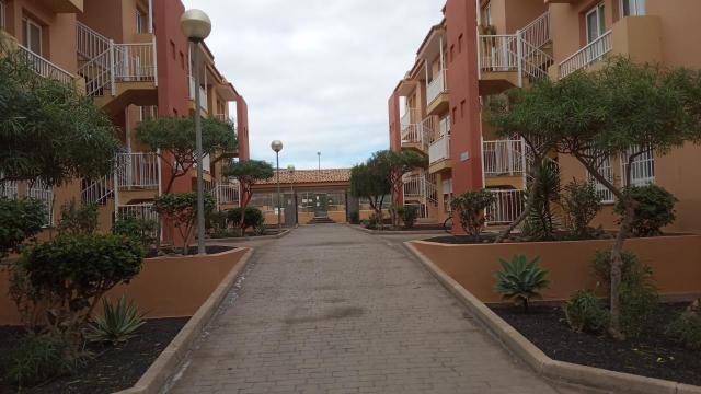 Piso en venta en Geafond, la Oliva, Las Palmas, Calle Alcaudon, 165.000 €, 77 m2