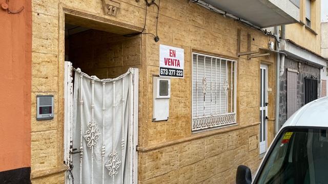 Piso en venta en Quart de Poblet, Valencia, Calle Pablo Picasso, 59.000 €, 2 habitaciones, 1 baño, 87 m2