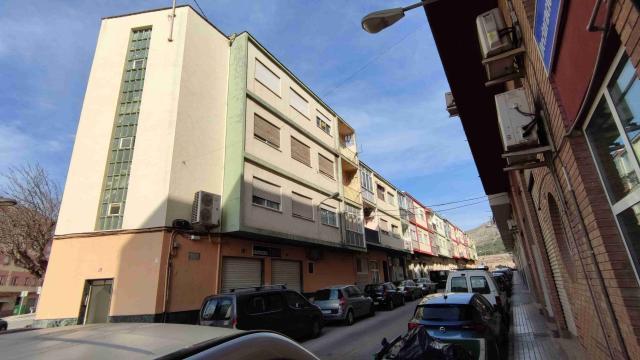 Piso en venta en Villena, Alicante, Calle Virgen de Guadalupe, 36.500 €, 3 habitaciones, 1 baño, 86 m2