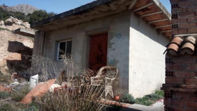 Casa en venta en Álora, Málaga, Pasaje los Romerales Alto, 135.000 €, 2 baños, 182 m2