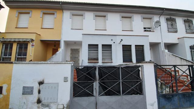 Casa en venta en Fuente Vaqueros, Fuente Vaqueros, Granada, Calle Caminillo, 93.600 €, 3 habitaciones, 1 baño, 162 m2