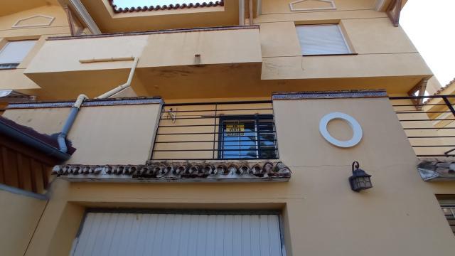 Casa en venta en La Capellanía, Málaga, Málaga, Calle Ruperto Chapi, 325.000 €, 5 habitaciones, 3 baños, 270 m2