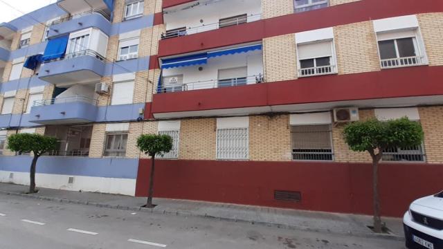 Piso en venta en Centro, Almoradí, Alicante, Calle Alicante, 49.000 €, 4 habitaciones, 1 baño, 113 m2