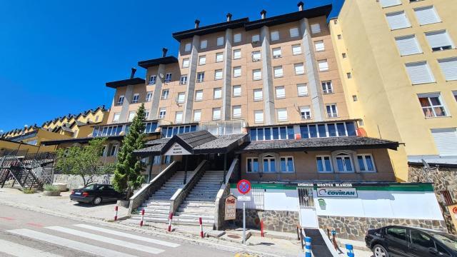 Piso en venta en Monachil, Monachil, Granada, Calle Virgen de la Nieves, 98.900 €, 2 habitaciones, 1 baño, 65 m2