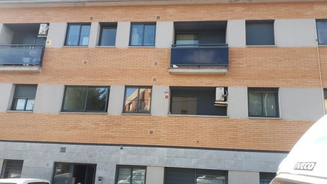 Piso en venta en La Torreta, la Roca del Vallès, Barcelona, Plaza Valldoriolf, 149.900 €, 1 habitación, 1 baño, 85 m2