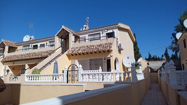 Piso en venta en Orihuela Costa, San Miguel de Salinas, Alicante, Calle los Garroferos, 60.700 €, 45 m2