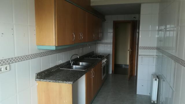 Piso en venta en Piso en Vic, Barcelona, 178.500 €, 3 habitaciones, 6 baños, 106 m2