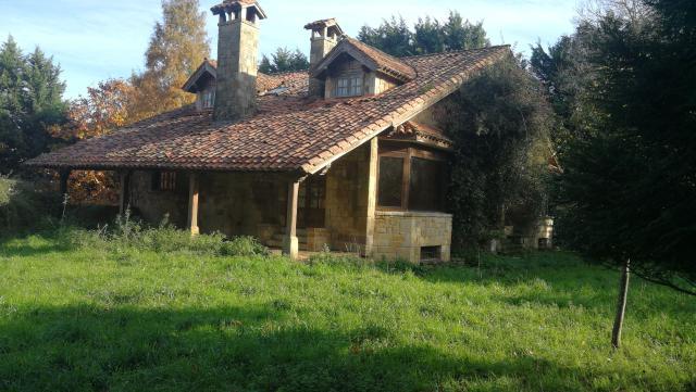 Casa en venta en Esquibien, Villaescusa, Cantabria, Barrio Navalín-cabarga, 420.000 €, 7 habitaciones, 5 baños, 467 m2