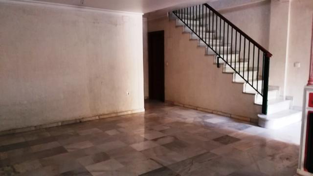Piso en venta en Jerez de la Frontera, Cádiz, Calle Camino del Sur I Fase Avda Puertas del Sur, 195.800 €, 1 habitación, 1 baño, 210 m2