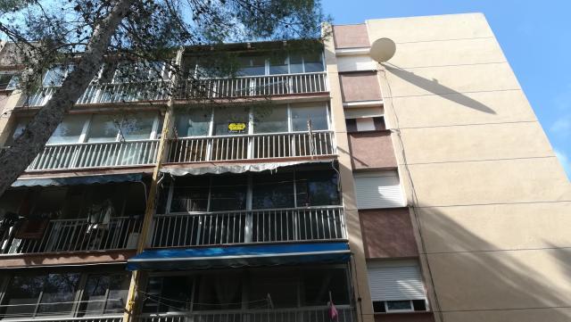 Piso en venta en Tarragona, Tarragona, Avenida Pallaresos, 27.702 €, 3 habitaciones, 1 baño, 72 m2