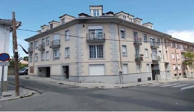 Piso en venta en El Espinar, Segovia, Paseo Acacias, 63.500 €, 1 baño, 63 m2