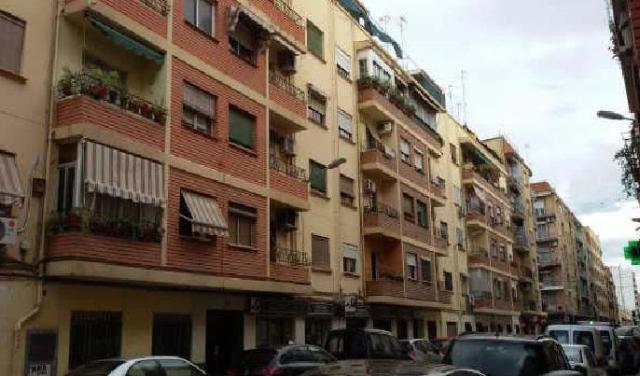 Piso en venta en Valencia, Valencia, Calle San Juan Bosco, 56.600 €, 70 m2