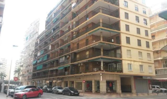 Piso en venta en Cullera, Valencia, Calle Cabañal, 125.000 €, 3 habitaciones, 2 baños, 113 m2