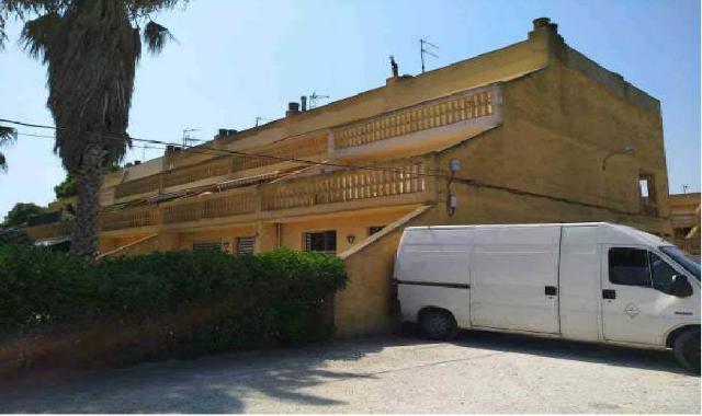 Piso en venta en Deltebre, Tarragona, Carretera Faro, 47.000 €, 4 habitaciones, 2 baños, 111 m2