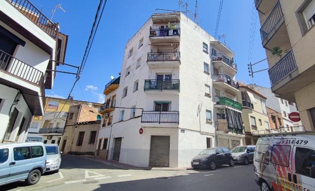 Piso en venta en Mas Pedrosa, Lloret de Mar, Girona, Calle Medico Agustin Blanch Claussell, 69.000 €, 3 habitaciones, 1 baño, 68 m2