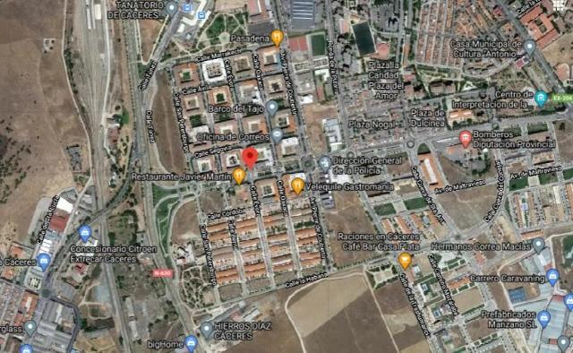 Local en venta en Cáceres, Cáceres, Calle Evora, 201.000 €, 263 m2