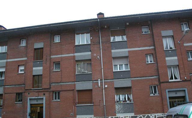 Piso en venta en Mieres, Asturias, Barrio San Salvador, 38.000 €, 2 habitaciones, 1 baño, 53,25 m2