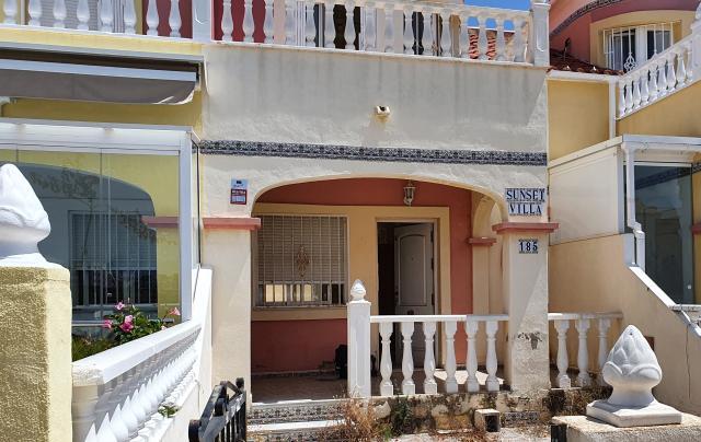 Piso en venta en Urbanización la Regia, Orihuela, Alicante, Urbanización Lomas de Cabo Roig, 79.950 €, 1 baño, 63 m2