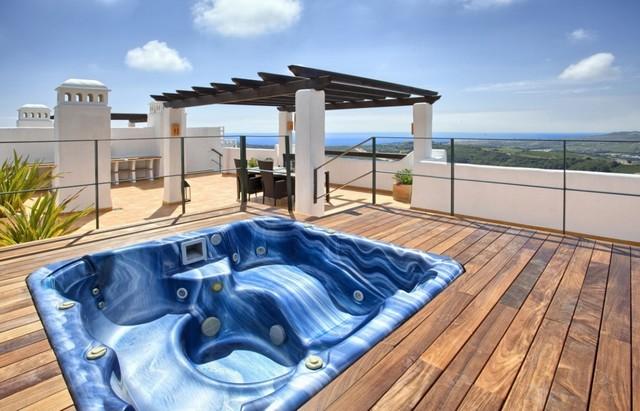 Piso en venta en Estepona, Málaga, Calle de Levante, 424.000 €, 3 habitaciones, 2 baños, 162 m2