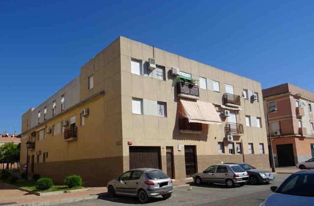 Piso en venta en Palma del Río, Córdoba, Calle Honduras, 74.600 €, 3 habitaciones, 1 baño, 87 m2