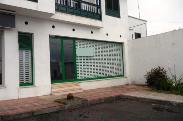 Local en venta en Santa Cruz de Tenerife, Santa Cruz de Tenerife, Calle General del Norte, 165.400 €, 511 m2