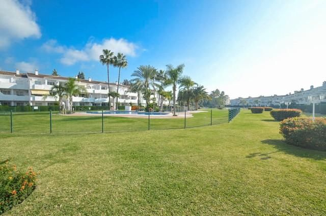 Piso en venta en Mijas, Málaga, Avenida de Louisont Bobet, 250.000 €, 2 habitaciones, 2 baños, 118 m2