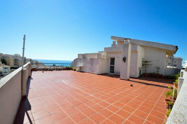 Piso en venta en Benalmádena, Málaga, Calle Quilla, 225.000 €, 2 habitaciones, 2 baños, 108 m2