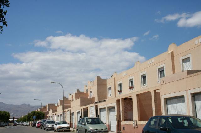 Casa en venta en Níjar, Almería, Calle Sarajevo, 73.706 €, 2 baños, 123 m2